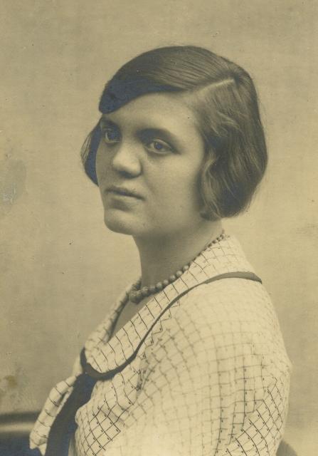 Foto von Luise Schöffel, aufgenommen um 1932.