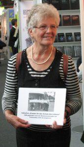 Annemarie Gocke auf der Buchmesse, Oktober 2014